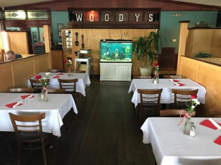 Woody's