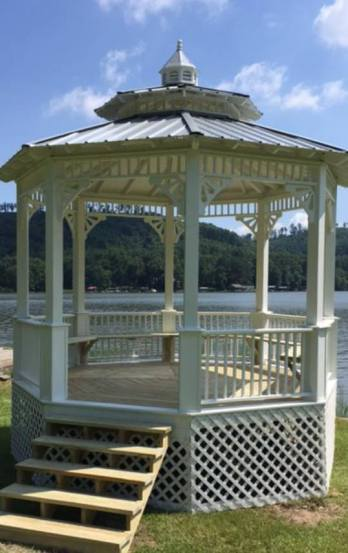 Magnolia House Gazebo 1